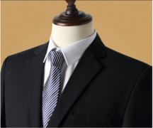 太原伟德BETVICTOR定做不同颜色和款式怎么正确的选择搭配衬衫?