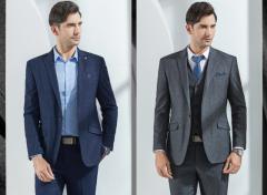 太原服装厂伟德BETVICTOR定做秋季款式选择什么面料穿起来舒适?